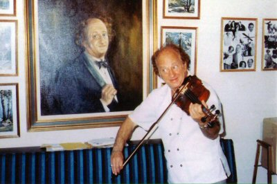 larry fine violinlarry fine the piano book pdf, larry fine, larry fine piano book, larry's fine jewelry, larry's fine jewelry inc, larry fine piano, larry fine net worth, larry fine piano guide, larry fine interview, larry fine at woodstock, larry fine grave, larry fine quotes, larry fine violin, larry's fine jewelry nyc, larry fine muerte, larry fine necrophilia, larry fine dog trainer, larry fine aig